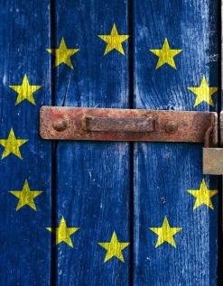 foto-zapad-opet-srbima-preti-sankcijama-1