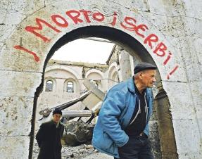 FOTO Ko to sve urušava srpsku kulturu (1)