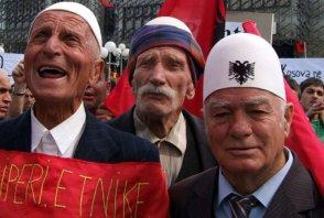 FOTO Krčmljenje srpske imovine